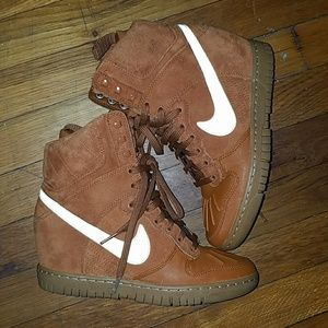 Like new worn about 3x